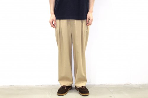 <img class='new_mark_img1' src='//img.shop-pro.jp/img/new/icons2.gif' style='border:none;display:inline;margin:0px;padding:0px;width:auto;' />VOAAOV / TUCK WIDE CHINO(BEIGE)