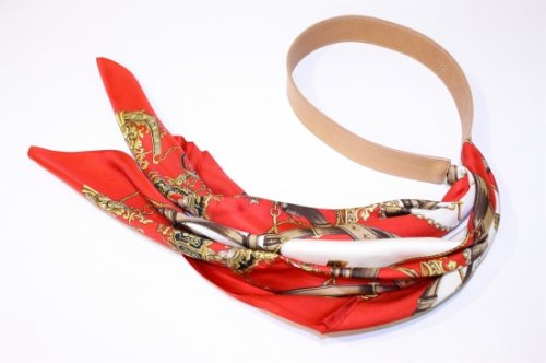 <img class='new_mark_img1' src='https://img.shop-pro.jp/img/new/icons47.gif' style='border:none;display:inline;margin:0px;padding:0px;width:auto;' />Children of the discordance / VINTAGE SCARF BELT(BEIGE)