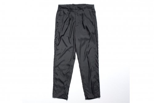<img class='new_mark_img1' src='https://img.shop-pro.jp/img/new/icons47.gif' style='border:none;display:inline;margin:0px;padding:0px;width:auto;' />stein / CUPRO GRADATE TROUSERS(BLACK)
