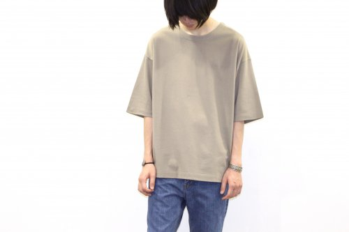<img class='new_mark_img1' src='//img.shop-pro.jp/img/new/icons47.gif' style='border:none;display:inline;margin:0px;padding:0px;width:auto;' />THEE / oversize kanoko tee(CAMEL)