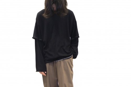 <img class='new_mark_img1' src='https://img.shop-pro.jp/img/new/icons2.gif' style='border:none;display:inline;margin:0px;padding:0px;width:auto;' />THEE / merino wool double sleeve knit(BLACK)