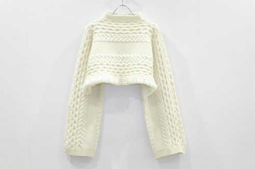 <img class='new_mark_img1' src='//img.shop-pro.jp/img/new/icons2.gif' style='border:none;display:inline;margin:0px;padding:0px;width:auto;' />TAN / LAMBS CABLE BOLERO(IVORY)