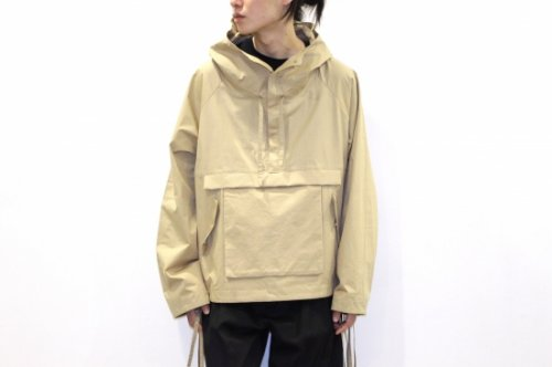 <img class='new_mark_img1' src='https://img.shop-pro.jp/img/new/icons2.gif' style='border:none;display:inline;margin:0px;padding:0px;width:auto;' />VOAAOV / BIG ANORAK JACKET(BEIGE)