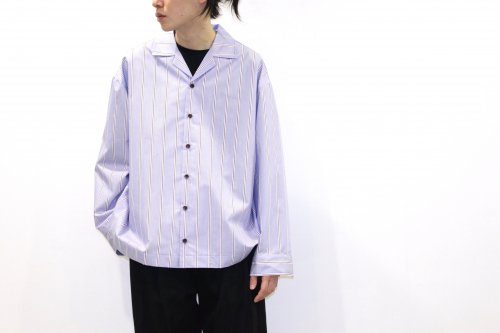 <img class='new_mark_img1' src='https://img.shop-pro.jp/img/new/icons47.gif' style='border:none;display:inline;margin:0px;padding:0px;width:auto;' />VOAAOV / STRIPE SHIRT BLOUSON(BLUE)