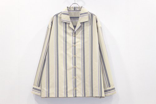 <img class='new_mark_img1' src='https://img.shop-pro.jp/img/new/icons47.gif' style='border:none;display:inline;margin:0px;padding:0px;width:auto;' />VOAAOV / STRIPE SHIRT BLOUSON(BEIGE)