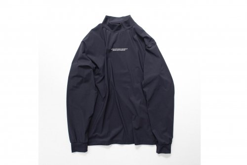 <img class='new_mark_img1' src='https://img.shop-pro.jp/img/new/icons47.gif' style='border:none;display:inline;margin:0px;padding:0px;width:auto;' />stein / OVERSIZED HIGH NECK LS(DARK NAVY)
