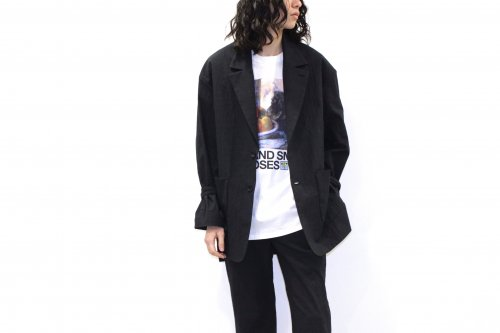<img class='new_mark_img1' src='https://img.shop-pro.jp/img/new/icons2.gif' style='border:none;display:inline;margin:0px;padding:0px;width:auto;' />VOAAOV / OVERSIZE SLEEVECORD JACKET(BLACK)