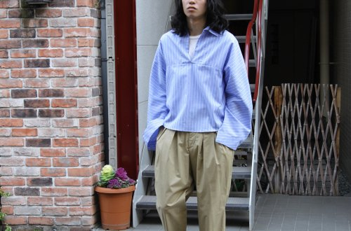 <img class='new_mark_img1' src='https://img.shop-pro.jp/img/new/icons2.gif' style='border:none;display:inline;margin:0px;padding:0px;width:auto;' />ATHA / PANAMA CLOTH PULLOVER SHIRTS(SAX)