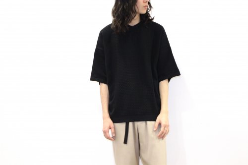 <img class='new_mark_img1' src='https://img.shop-pro.jp/img/new/icons2.gif' style='border:none;display:inline;margin:0px;padding:0px;width:auto;' />YASHIKI / Ajisai Knit(BLACK)