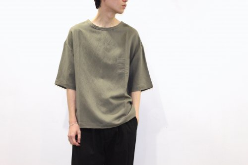 <img class='new_mark_img1' src='https://img.shop-pro.jp/img/new/icons2.gif' style='border:none;display:inline;margin:0px;padding:0px;width:auto;' />THEE / linen rayon t-shirt.(OLIVE)