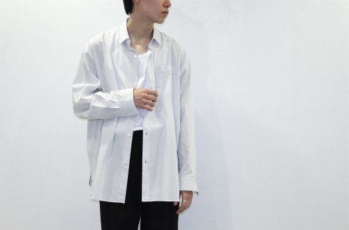 <img class='new_mark_img1' src='https://img.shop-pro.jp/img/new/icons47.gif' style='border:none;display:inline;margin:0px;padding:0px;width:auto;' />Blanc YM / Como Viscose Stripe Shirt(SILVER)