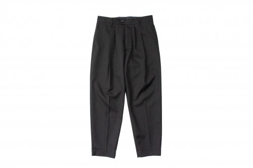<img class='new_mark_img1' src='https://img.shop-pro.jp/img/new/icons47.gif' style='border:none;display:inline;margin:0px;padding:0px;width:auto;' />stein / WIDE TAPERED TROUSERS(BLACK)