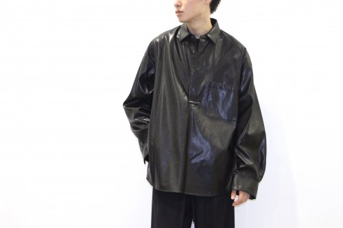 <img class='new_mark_img1' src='https://img.shop-pro.jp/img/new/icons47.gif' style='border:none;display:inline;margin:0px;padding:0px;width:auto;' />stein / OVERSIZED PULLOVER SHIRT(LEATHER)