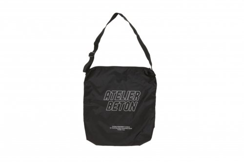 <img class='new_mark_img1' src='https://img.shop-pro.jp/img/new/icons2.gif' style='border:none;display:inline;margin:0px;padding:0px;width:auto;' />ATELIER BÉTON / LIPSTOP SHOULDER BAG(BLACK)