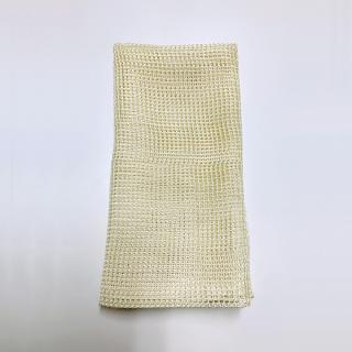 絹糸屋さんの『おそとで育った蚕の力。』野蚕生糸のシルクボディタオル 〜フィラメントシルク・生糸〜|きなり黄金(ゴールデンイエロー)