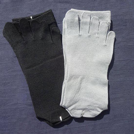 けんぼうシルク(絹紡糸)の五本指靴下 紳士サイズ
