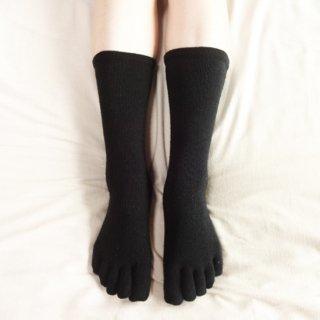 つむぎシルク(絹紬糸)のしっかりふんわり五本指靴下 ブラック