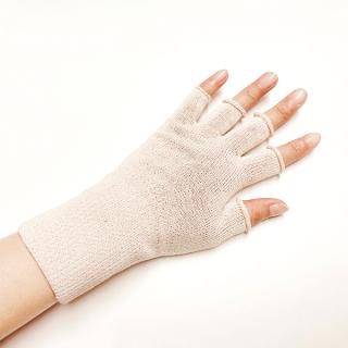 絹糸屋さんの『手首から、しっかり。』シルクハンドウォーマー|〜けんぼうシルク・絹紡糸〜|ライトベージュ