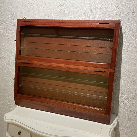 ガラスウォールシェルフ 壁掛け飾棚 コレクション小物入れ  ショーケース 収納 木目