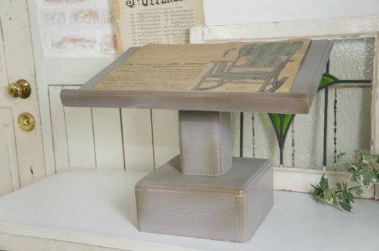 アンティーク調 キリスト教会 教壇 聖書置き台 メニュー台 十字架 グレー