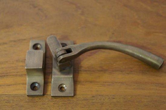 アンティーク調 ハンドル ラッチ ロック 真鍮製 ケビント パンケース 金具