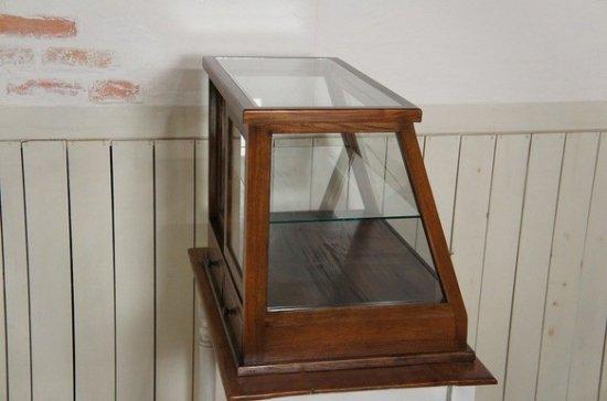 卓上 ガラスケース ショーケース 古木 2段 5面 収納棚 斜めガラス 引き出し 飾り棚 駄菓子 ダーク
