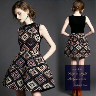 オプティカル刺繍が高級感漂うキャバドレス