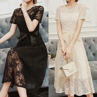 ウエストリボンと透け感レースでWフェミニンなタイトドレス