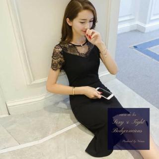 透け感レース袖×マーメイドスカートがエレガントな印象のタイトドレス