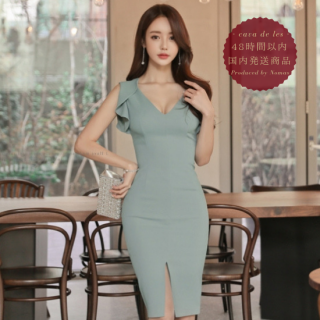 【即納】シックなワンカラーとフリルデザインがエレガントなキャバドレス