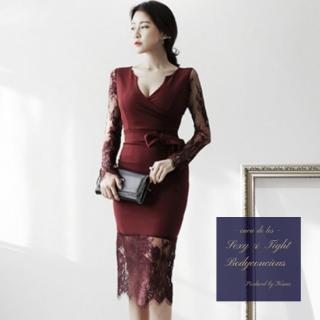 袖&裾の刺繍レースがエレガントなワントーンのボディコンドレス
