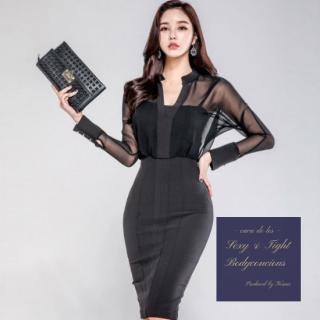 シースルーの透け感が大人の色気を感じさせるカジュアルタイトドレス