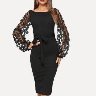 フラワー×メッシュのバルーン袖がインパクト大のカジュアルタイトドレス