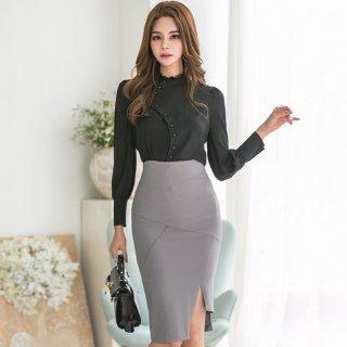アシンメトリーなデザインが個性的♪モノトーンで大人エレガントなタイトスカートのセットアップ