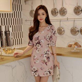 デートや同伴に 上品カラーのフラワープリントがかわいいバックリボンの袖ありタイトワンピース