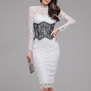 ウエストマークでスタイルアップ 総レースが上品フェミニンな白の長袖キャバドレス