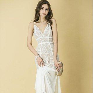 花柄刺繍の透けレースが大胆セクシーな白のボディコンマーメードドレス