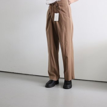 <img class='new_mark_img1' src='https://img.shop-pro.jp/img/new/icons14.gif' style='border:none;display:inline;margin:0px;padding:0px;width:auto;' />YOKE/ WIDE PAJAMA PANTS