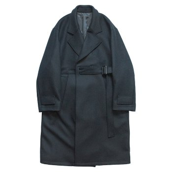 <img class='new_mark_img1' src='https://img.shop-pro.jp/img/new/icons59.gif' style='border:none;display:inline;margin:0px;padding:0px;width:auto;' />stein/ OVERSIZED LESS COAT