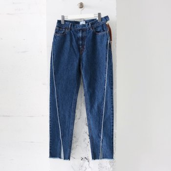 <img class='new_mark_img1' src='https://img.shop-pro.jp/img/new/icons14.gif' style='border:none;display:inline;margin:0px;padding:0px;width:auto;' />EFILEVOL/  Twisted Denim Pants