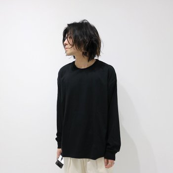 <img class='new_mark_img1' src='https://img.shop-pro.jp/img/new/icons14.gif' style='border:none;display:inline;margin:0px;padding:0px;width:auto;' />YOKE/ PIPING T-SHIRTS L/S