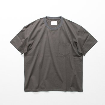<img class='new_mark_img1' src='https://img.shop-pro.jp/img/new/icons14.gif' style='border:none;display:inline;margin:0px;padding:0px;width:auto;' />stein/ OVERSIZED POCKET TEE