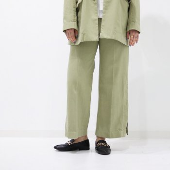 <img class='new_mark_img1' src='https://img.shop-pro.jp/img/new/icons14.gif' style='border:none;display:inline;margin:0px;padding:0px;width:auto;' />YOKE/ SIDE SLIT DENIM PANTS