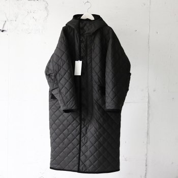 <img class='new_mark_img1' src='https://img.shop-pro.jp/img/new/icons14.gif' style='border:none;display:inline;margin:0px;padding:0px;width:auto;' />YOKE/ REVERSIBLE MOUNTAIN COAT