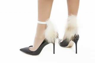 SEE-THROUGH RACCOON FUR SOCKS<br>WHITExWHITE