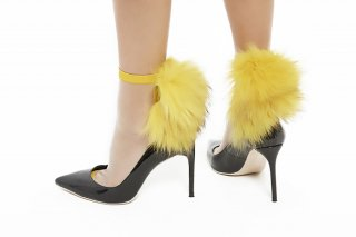 SEE-THROUGH RACCOON FUR SOCKS<br>YELLOWxYELLOW