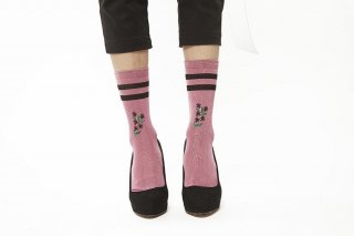 FLOWER EMBROIDERY SOCKS<br>PINKxBLACK