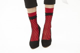 LAYERD FISHINET SOCKS<br>REDxBLACK
