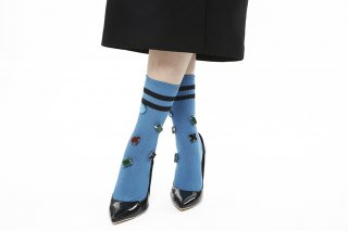 LINED COLOR BIJOUX SOCKS <br>BLUE<img class='new_mark_img2' src='https://img.shop-pro.jp/img/new/icons20.gif' style='border:none;display:inline;margin:0px;padding:0px;width:auto;' />