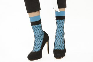 LAYERED FISHNET SOCKS<br>BLUE<img class='new_mark_img2' src='//img.shop-pro.jp/img/new/icons20.gif' style='border:none;display:inline;margin:0px;padding:0px;width:auto;' />